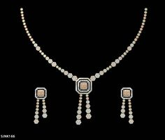 PRESSURE NECKLACE Real Diamond Necklace, Diamond Jewelry, Gold Jewelry, Jewelery, High Jewelry, Jewelry Shop, Jewelry Design, Pressure Units, Necklace Set