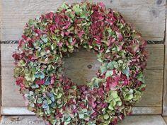 een beauty van een #hortensiakrans. Je kunt hem na het lezen van mijn #blog zo zelf maken