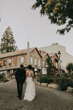 Northern California Wedding Planner | Miners Foundry Weddings, Nevada City  — The 530 Bride