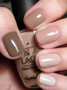 Dress up your neutral nails with a gradient effect - from light bone beige to deep chocolate taupe.