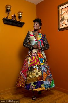 African print patchwork dress rocks it! African Inspired Fashion, African Men Fashion, African Beauty, Ethnic Fashion, African Textiles, African Fabric, African Quilts, African Attire, African Dress