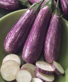 Check out the deal on Eggplant Fairytale 10 seeds at Hazzard's Home Gardener Eggplant Plant, Eggplant Seeds, Growing Eggplant, Organic Seeds, Organic Plants, Eggplant Varieties, Purple Fruit, Incredible Edibles, Edible Garden