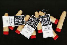 Don't Forget Halloween Finger Favors - Eighteen25 #candyfree #allergyfree #tealpumpkin