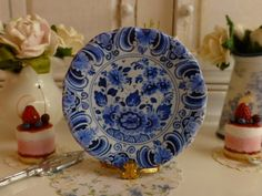 Blue Delft Flowers Dollhouse Plate by Twelvetimesmoreteeny on Etsy, €2.80