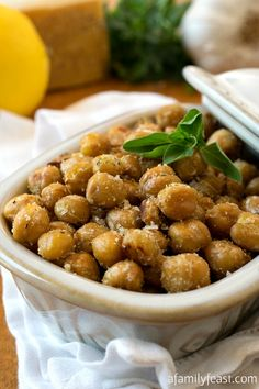 Crispy Parmesan Chickpeas - A delicious, healthy snack that takes just minutes to make! Chickpea Recipes, Vegetarian Recipes, Snack Recipes, Cooking Recipes, Healthy Recipes, Greek Recipes, Healthy Options, Appetizer Recipes, Yummy Recipes