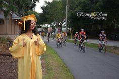 Graduation Portraits #graduation #portraits #clermont #capandgown #senior #risingsunphotography