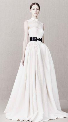 Alexander McQueen Pre-Fall-Winter 2013-2014 Women's Collection