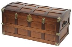 Amish Hardwood Steamer Trunk with Cedar Bottom Solid Wood Crafts and Toys Collection