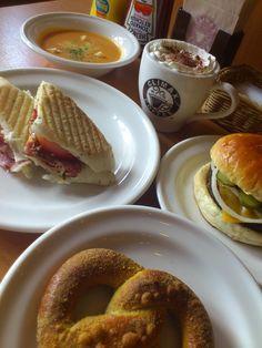 Orignal Food CLIMAX Coffee   お気に入りの場所です^^ (ハンビー店)  味はもちろんですが~スタッフの対応が(・∀・)Good!