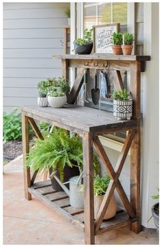 Outdoor Potting Bench, Potting Bench Plans, Potting Tables, Outdoor Plant Table, Outdoor Pots, Potting Sheds, Garden Projects, Wood Projects, Garden Yard Ideas