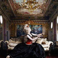 Alexia Sinclair's Marie Antoinette (The Regal Twelve) - More at https://alexiasinclair.com/the-regal-twelve (Thx Rocio)