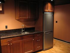 basement kitchenette - like the frigde and sink size Home Theater Basement, Basement Guest Rooms, Small Basement Remodel, Basement Apartment, Home Theater Design, Basement Remodeling, Basement Ideas, Theater Rooms, Studio Apartment