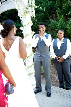 Super adorable reaction when she sees her bride!