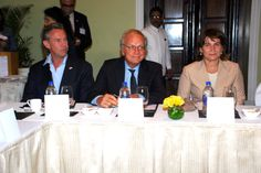 Handelsmissie naar India, september 2013. van links naar rechts; Edgar Kiwiet (CEO Inshoring Pros), Ambassadeur in India, dhr. Stoelinga en mevrouw Lilianne Ploumen, (Minister)