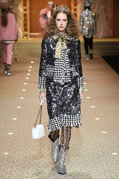 Dolce & Gabbana Fall 2018 Ready-to-Wear Collection - Vogue