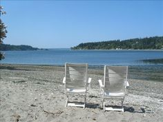 Sandy beach with views of Rich Passage