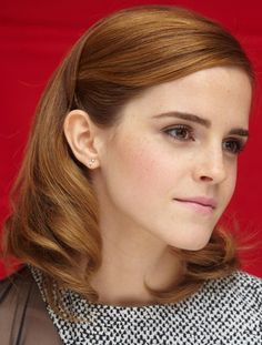 nice length/style--Styles to try with medium- / shoulder-length hair Emma Watson