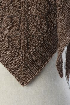 Silken Sands Shawl pattern by Kelene Kinnersly