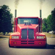 Lil Big Rig offers a transformation kit that turns a standard pickup truck into a miniature Peterbilt or Kenworth semi. Old Pickup Trucks, Big Rig Trucks, Mini Trucks, Cool Trucks, Custom Big Rigs, Custom Trucks, Kenworth Trucks, Peterbilt, Old Tractors
