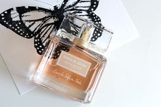 GIVENCHY is here with a supernew parfume called DAHLIA DIVIN Nude... just LOVE THIS! Givenchy, Makeup News, Dahlia, Just Love, Perfume Bottles, Fragrance, Nude, Perfume Bottle, Dahlias