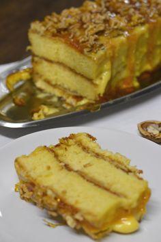 Lemon Recipes, Sweet Recipes, Cake Recipes, Dessert Recipes, Portuguese Desserts, Portuguese Recipes, Portuguese Food, Cheesecakes, Peach Cake