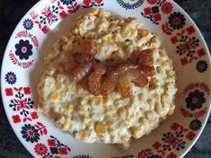 Baconos sajtos tekercs | Moór Katalin receptje - Cookpad receptek Oatmeal, Bacon, Breakfast, Food, The Oatmeal, Morning Coffee, Rolled Oats, Essen, Meals