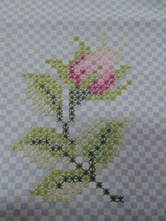 Double cross stitch or Spanish embroidery. I love to embroider ♡. Embroidery Fabric, Embroidery Designs, Cross Stitching, Cross Stitch Embroidery, Chicken Scratch Embroidery, American Girl Crafts, Bargello, Fabric Manipulation, Ag Dolls