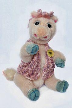 Louisa by Wayneston Bears