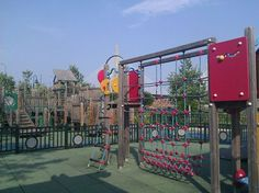 North Point Playground & Spray Deck - Cambridge MA (across from Museum of Science)