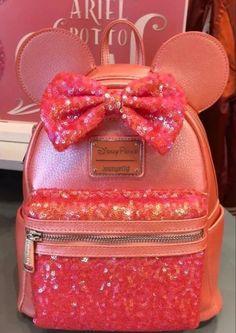 Cute Mini Backpacks, Stylish Backpacks, Pocahontas Disney, Disneyland, Leather Baby Bag, Cute Suitcases, Minnie Mouse Backpack, Disney World Christmas, Disney Souvenirs