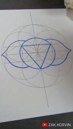 Mandala Making, Easy Mandala Drawing, Mandala Art Lesson, Geometric Drawing, Geometric Art, Sacred Geometry Patterns, Sacred Geometry Tattoo, How To Draw Sacred Geometry, Dot Art Painting