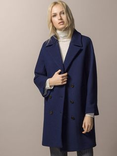 Discover the latest Massimo Dutti clothing, shoes and accessories for women, men or kids from the Spring/Summer 2020 collection. Outfits Mujer, Navy Coat, Double Breasted Coat, Coats For Women, Work Wear, Winter Outfits, Ideias Fashion, Autumn Fashion, Spring Summer