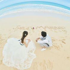 Cute beach wedding photo idea   #TheTerraceByTheSea #TerraceByTheSea #TAKAMIBRIDAL #53ByTheSea #hawaii #hawaiiwedding #wedding #bridal #bride #groom #reception #ナウパカチャペル #カウイチャペル #ザテラスバイザシー #テラスバイザシー  #タカミブライダル #53バイザシー #ハワイ #ウェディング #リゾ婚 #結婚式 #プレ花嫁 #海外挙式 #ハワイ挙式 #チャペル挙式 #beach #locationphoto  #ビーチ #ビーチ撮影 #ロケーションフォト