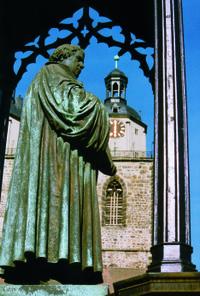 8-Day Tour from Frankfurt to Weimar, Dresden, Berlin and Hamburg #germanytours #frankfurt