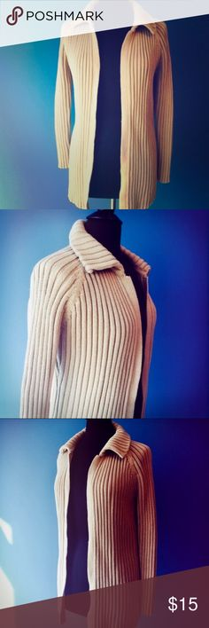 """✨Cozy J. Crew Tan Sweater✨ Cozy J. Crew tan sweater, size small. Cable knit open front cardigan with flattering collar. Approximately 30"""" in length. Perfect for fall and winter days. Comes from a smoke free home! J. Crew Sweaters Cardigans"""