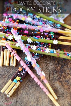 Learn How To decorate Pocky Sticks! Make them look beautiful with your favorite cake decorations and serve them at your next party to WOW everybody!