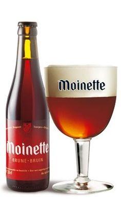 Cerveja Moinette Brune, estilo Belgian Dubbel, produzida por Brasserie Dupont, Bélgica. 8.5% ABV de álcool.