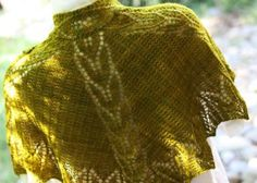 Designs by Romi Maia Shoulderette Shawl Knitting Pattern #knitting #shawl #lace