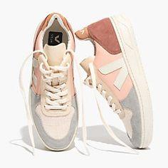 Women s Shoe   Boot Shop. Trendy Womens SneakersNude ShoesLeather ... 547708b5083