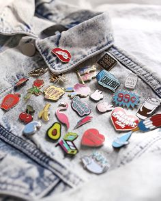 No such thing as too many pins, if you ask us.  #UOonYou #UOMens @UONewYork