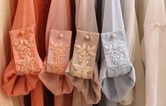 Embroidery on sleeve straps? Sleeves Designs For Dresses, Sleeve Designs, Kurta Designs, Blouse Designs, Mode Abaya, Fashion Details, Fashion Design, Diy Schmuck, Indian Designer Wear