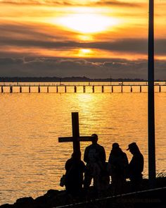 Preach at the Beach  Good Friday along the promenade at East Beach in White Rock. A preacher  carries a cross and spreads the gospel of Christianity. Happy Easter to those celebrating the resurrection of Jesus Christ from the dead. Captured yestereve in White Rock British Columbia Canada  March 25 2016