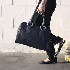 Jamah | The Jennifer | Navy is the new black |  #style #fashion #ootd #purse #handbag