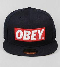 Obey x New Era    35 £