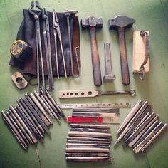 Reptiliaan Metalwork - faramforge: How's that for a hipster pocket kit?...