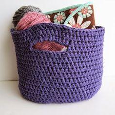 Crochet Stash Basket: free crochet pattern | She's Got the Notion
