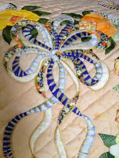 """embroidery detail in Cynthia Williford's baltimore album quilt """"Belle Amitie"""" on Sue Garman: Endless Quilts blog 8/1/14"""