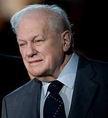 Charles Durning is listed (or ranked) 96 on the list Celebrity Deaths: 2012 Famous Deaths List What Is Leadership, Charles Durning, The Silver Star, Oscar Wins, Celebrity Deaths, Actor Studio, Best Supporting Actor, Famous Stars, Famous Celebrities