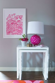 Love how the magenta lamp pops with Minted art. From Design Improvised.