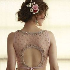 If you are a soon-to-be bridesmaid and you�re going to be wearing a Lehenga or saree, then here are some gorgeous choli cut blouse designs for you. Blouse Back Neck Designs, Netted Blouse Designs, Fancy Blouse Designs, Choli Designs, Choli Blouse Design, Blouse For Lehenga, Lehenga Choli, Choli Back Design, Lehenga Blouse Designs Back
